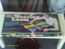 Avalon 20 inch Table top Weaving Loom W/instruction booklet 8190