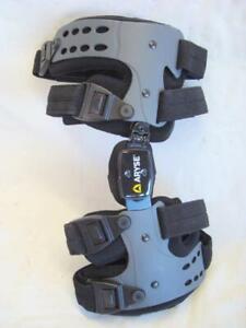 New ARYSE Live Elevated AY-43-L Left Knee Brace