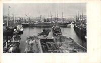 POSTCARD  HAMPSHIRE  SOUTHAMPTON   Docks