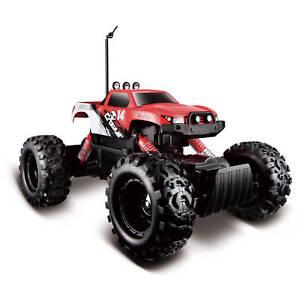 Maisto Tech - 81152 - Rock Crawler Radio Controlled Vehicle - Red