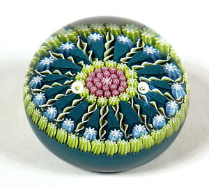 VINTAGE PERTHSHIRE SCOTTISH MILLEFIORI ART GLASS PAPERWEIGHT WITH CENTRAL P CANE