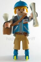 Playmobil Paperboy with Rollers Bag Newspapers Mystery Series 13 9332 NEW