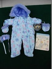 AMERICAN GIRL BITTY BABY SNOWFLAKE SNOWSUIT BEAR HAT TOY BOOK COMPLETE SET