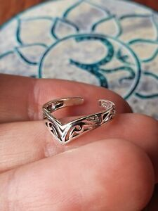 Silver Tribal V Shape Toe Ring Bohemian GypsyLee Jewels Solid Sterling 925