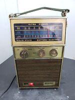 Vintage solid state Hisonic am-fm radio