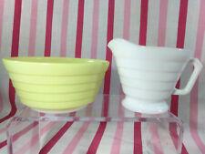 Darling Mid Century Hazel Atlas Moderntone Platonite Pastel Creamer & Berry Bowl