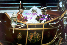 PRINCESS DIANA DI PRINCE CHARLES IN WEDDING CARRIAGE JULY 29 1981 PHOTO