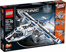 LEGO Technic 42025 Cargo plane - aeroplane / boat multi build BNIB retired