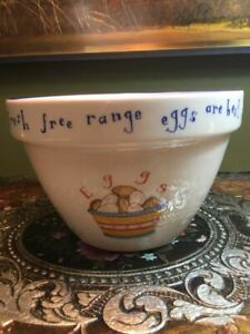 A Splendid T G Green Pottery - Cloverleaf Design - Mixing Bowl - Egg Motif