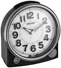 """Seiko 'Mesita de noche """"Números Arábigos Resina De Plástico Negro Reloj de Alarma QHE143JLH"""