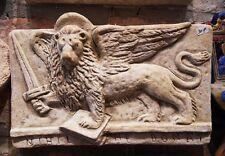 Bassorilievo leone di San Marco  spada guerra in terracotta  appendere 20x13 cm