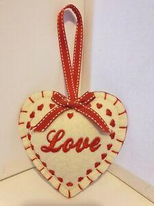 LOVE HEART WALL HANGER PLUSH NOVELTY HOME GIFT CHRISTMAS GIFT