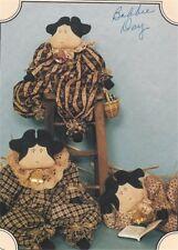 Pattern Primitive Cow Dolls in Jumpers Uncut Oop The Buckeye Tree Easy To Make!