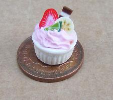 1:12 miscugli di frutta dessert DOLLS HOUSE miniatura Accessorio panetteria BANANA SOUFFLE un