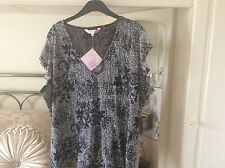 Michelle Hope Lace Top (BNWT)