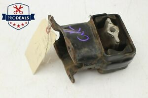 2005 2009 Jeep Grand Cherokee Commander Front Motor Mount Bracket Right-Hand OEM