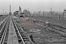 PHOTO  REBUILDING  CHOLSEY BRIDGE 1978 VIEW 3