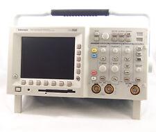 Tektronix tds3032b oscilloscopio 300mhz, 2.5gs/s Digital fosforo