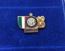 """INTER FC PINS DI PRESTIGIO 18 SCUDETTO 2010 LOGO e NUMERO """"PINS 050"""" clips"""