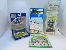 New N-Scale 2-way Prewired Light-Up Switch Railroad Signal + Other Accessories