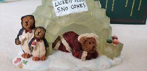 "Boyd's Bears ""Eskimo Joe"" Night Light #27612, NIB Christmas, Igloo & Snow Cones"
