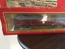 Tri-ang Hornby R 423 Brake 2nd Coach Maroon with Seats