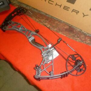 Hoyt Axius 60-70 2020 New In The Box several Colors