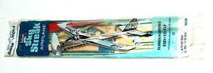 NOS 1982 Guillows Sky Streak Rubber Power #50 Balsa Wood F50 Airplane Glider USA