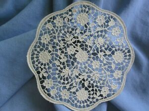 """3 pcs VTG 50s 6"""" IN LACE Off white Ivory Delicate Floral leaf round DOILY PAPER"""