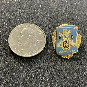 FOE Fraternal Order Of Eagles Club Secretary Gold Tone Pin Pinback #39111