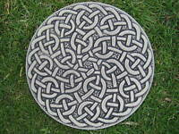 Eternal celtic knot steppingstone garden ornament| 57 other designs in my shop!