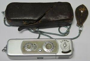 Vintage Minox Wetzlar B Subminiature Mini Spy Camera W/ Case & Chain Germany