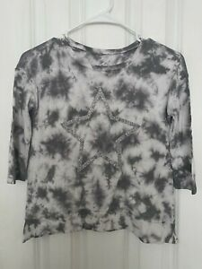 Justice Girls Gray And White Tie Die Shirt With A Silver Star Size 8