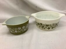 (T11) Vintage Pyrex Set Of Two Nesting Bowls Green & White Floral