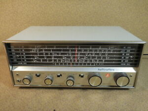 Vintage Hallicrafters Model S-118 Shortwave Ham Radio Receiver