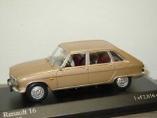 Renault 16 1965 with Dog - Minichamps 1:43 in Box *34174