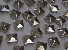 CraftbuddyUS 100 x 10mm Silver Square Pyramid Studs Goth Leathercraft Denim