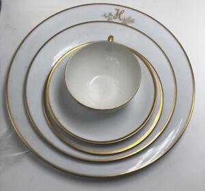 SET OF 5 Princess House Fine China Princess Heritage Dessert Plates Gold Trim.