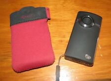 Cisco Flip UltraHD Video U2120 8 GB Camcorder - Black / Silver