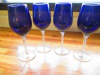 Artland Cobalt Wine Glasses Set (4) With Double Helix Patterned Stems