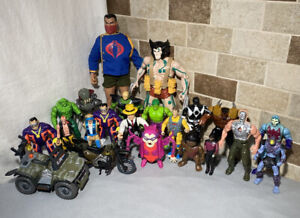 VINTAGE ACTION FIGURE TOY LOT 80s 90s ROBOCOP MARVEL GHOSTBUSTERS & MORE