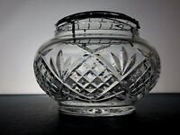STUNNING CUT GLASS CRYSTAL ROSE BOWL WITH SILVER METAL MESH TRAY 13.5CM ACROSS