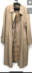 """Vintage Burberry Single Breasted Rain Coat With Nova Check Lining 50"""" Chest (50L"""
