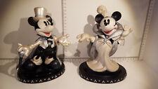 (Lot 523) Walt Disney Collectables - Enesco  Mickey & Minnie