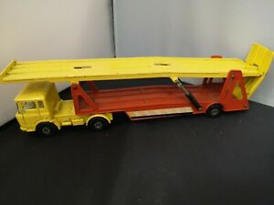 P580-MATCHBOX SUPERKINGS K-11 DAF CAR TRANSPORTER