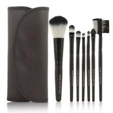Brochas, pinceles, aplicadores de maquillaje marrones sin marca