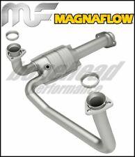 Magnaflow 23256: Direct-Fit Catalytic Converter 94-95 Chevy/GMC Truck/Suburban