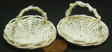 1:12 Scale 2 Round Wicker Baskets 4.3cm With A Handle Tumdee Dolls House Zda