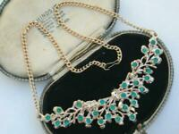 Beautiful VINTAGE 50s EMERALD GREEN CRYSTAL DIAMANTE FLORA inspired bib necklace