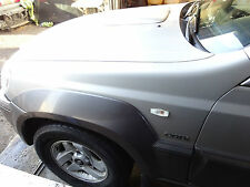Hyundai Terracan HP Kotflügel vorne Links  farbcode : YK Warmsilber